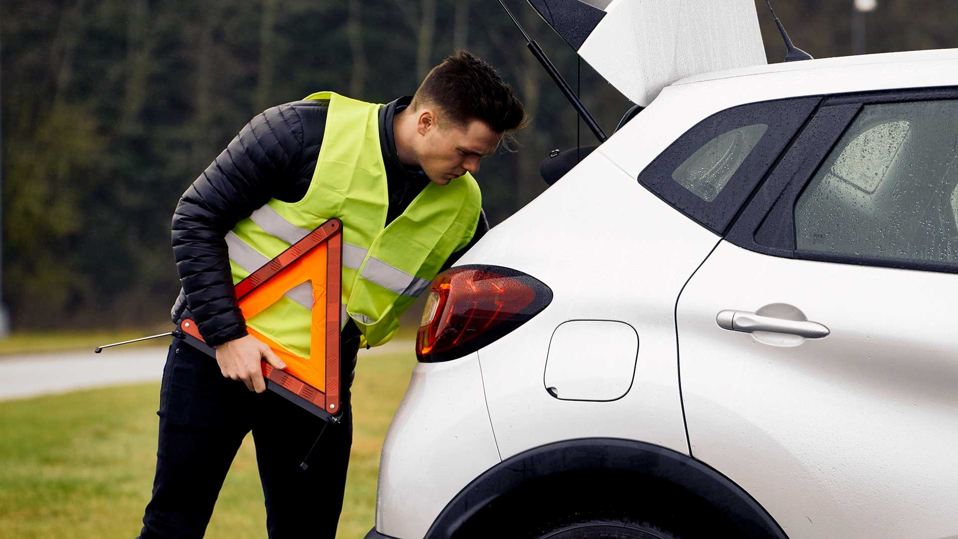 Make The Best Use Of Emergency Roadside Assistance Auto Assistance