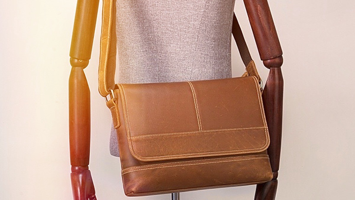 Leather Bag Clean, Make Your Journey Best With Leather Bags
